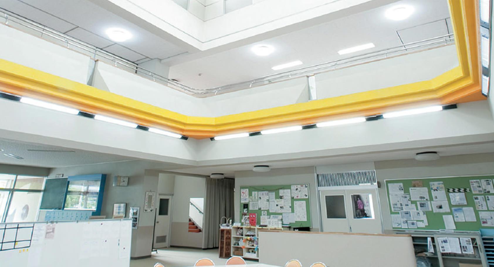 学校施設と周辺環境